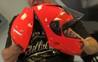 VOZZ Presenteert innovatie in motorhelmen
